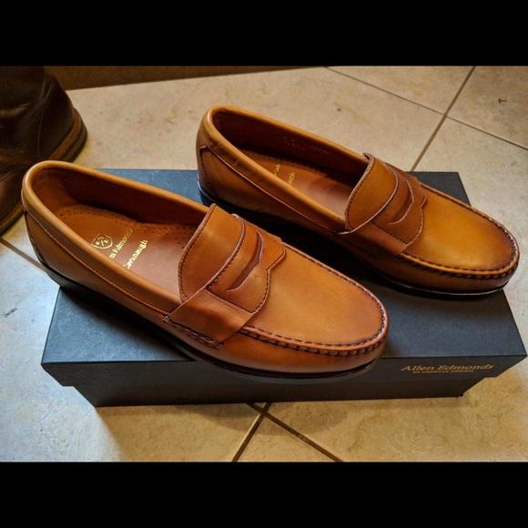 1ce85c24dea Allen Edmonds Cavanaugh Penny Loafers Size 9D